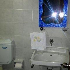 Pergamon Pension Турция, Дикили - отзывы, цены и фото номеров - забронировать отель Pergamon Pension онлайн ванная фото 2