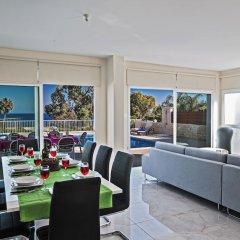 Отель Shaye Frontline Villa Кипр, Протарас - отзывы, цены и фото номеров - забронировать отель Shaye Frontline Villa онлайн питание