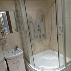 Гостиница Luxcompany Apartment Yuzhnaya в Москве отзывы, цены и фото номеров - забронировать гостиницу Luxcompany Apartment Yuzhnaya онлайн Москва ванная