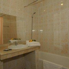 Отель Imperial Holiday Hôtel & spa Марокко, Марракеш - отзывы, цены и фото номеров - забронировать отель Imperial Holiday Hôtel & spa онлайн ванная