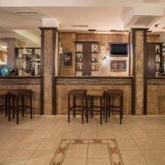 Апартаменты Silver Springs Apartments гостиничный бар