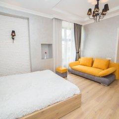 Апартаменты Apartment Mitskevicha 5b комната для гостей фото 3
