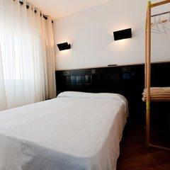 Отель Hostal Athenas комната для гостей фото 3