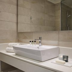 Отель Mayor La Grotta Verde Grand Resort - Adults Only Греция, Корфу - отзывы, цены и фото номеров - забронировать отель Mayor La Grotta Verde Grand Resort - Adults Only онлайн ванная