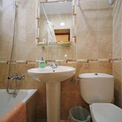Отель Hostal San Antonio ванная