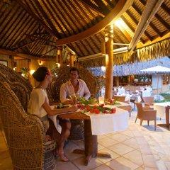 Отель Bora Bora Pearl Beach Resort Французская Полинезия, Бора-Бора - отзывы, цены и фото номеров - забронировать отель Bora Bora Pearl Beach Resort онлайн питание фото 2