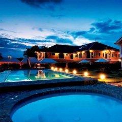 Отель The Peacock Garden Филиппины, Дауис - отзывы, цены и фото номеров - забронировать отель The Peacock Garden онлайн бассейн