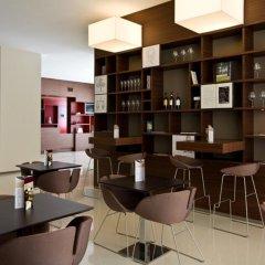 Отель Eos Hotel Италия, Лечче - отзывы, цены и фото номеров - забронировать отель Eos Hotel онлайн гостиничный бар
