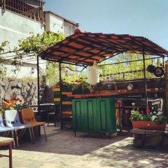 Отель Хостел JR's House Армения, Ереван - 1 отзыв об отеле, цены и фото номеров - забронировать отель Хостел JR's House онлайн бассейн фото 3