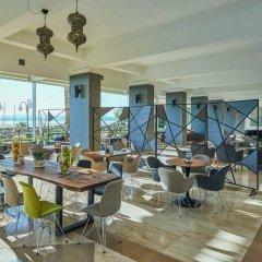 Отель Altin Yunus Cesme гостиничный бар