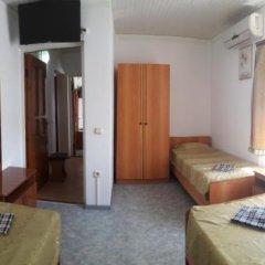 Гостиница Guest House On Novorossiyskaya в Анапе отзывы, цены и фото номеров - забронировать гостиницу Guest House On Novorossiyskaya онлайн Анапа комната для гостей фото 3