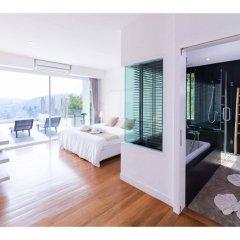 Отель Baan Saint Tropez Villas Kata Beach балкон