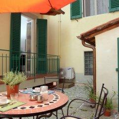 Отель La Terrazza Foscolo - con Parcheggio Флоренция балкон