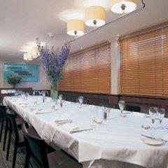 Отель Premier Inn London Hampstead фото 3