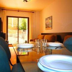 Отель Aparthotel Bertran Испания, Барселона - отзывы, цены и фото номеров - забронировать отель Aparthotel Bertran онлайн комната для гостей фото 4