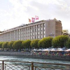 Отель Mandarin Oriental, Geneva Швейцария, Женева - отзывы, цены и фото номеров - забронировать отель Mandarin Oriental, Geneva онлайн приотельная территория фото 2