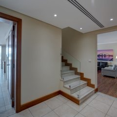 Отель J5 Villas Holiday Homes - Barsha Gardens интерьер отеля