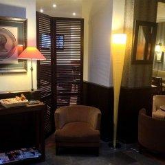 Отель Montfleuri Hotel Франция, Париж - 1 отзыв об отеле, цены и фото номеров - забронировать отель Montfleuri Hotel онлайн интерьер отеля фото 3