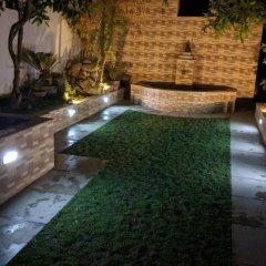 Отель Sam's Patio Bed And Breakfast Непал, Лалитпур - отзывы, цены и фото номеров - забронировать отель Sam's Patio Bed And Breakfast онлайн бассейн