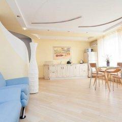 Апартаменты LUXKV Apartment on Bibliotechnaya комната для гостей фото 2