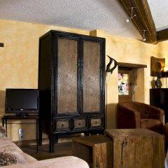 Отель Le Petit Tramassac Франция, Лион - отзывы, цены и фото номеров - забронировать отель Le Petit Tramassac онлайн удобства в номере
