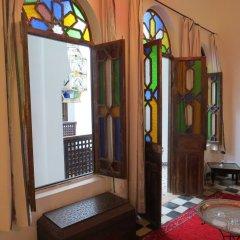 Отель Riad Arous Chamel Марокко, Танжер - 1 отзыв об отеле, цены и фото номеров - забронировать отель Riad Arous Chamel онлайн ванная фото 2