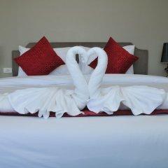 Отель AM Surin Place комната для гостей фото 12