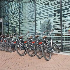 DoubleTree by Hilton Hotel Amsterdam Centraal Station спортивное сооружение