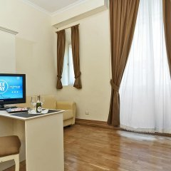 Отель Domus Via Veneto Италия, Рим - 1 отзыв об отеле, цены и фото номеров - забронировать отель Domus Via Veneto онлайн удобства в номере фото 2