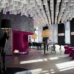 Отель Barcelo Raval Барселона гостиничный бар