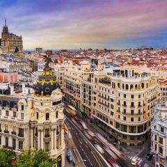 Отель Aloft Madrid Gran Via городской автобус