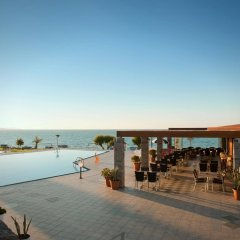 Ariadne Beach Hotel бассейн