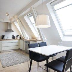 Апартаменты Bright and Modern Apartment With a Rooftop Terrace in the Center of Copenhagen Копенгаген комната для гостей фото 2