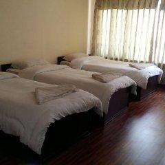 Отель Kathmandu Madhuban Guest House Непал, Катманду - 1 отзыв об отеле, цены и фото номеров - забронировать отель Kathmandu Madhuban Guest House онлайн спа