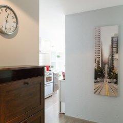 Отель Apartament Srodmiescie by City Quality удобства в номере