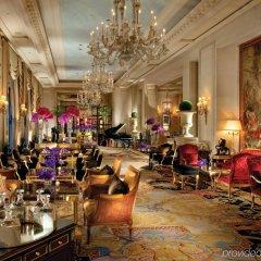Отель Four Seasons George V Париж интерьер отеля фото 2