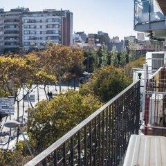 Отель HOMEnFUN Plaza España Apartment Испания, Барселона - отзывы, цены и фото номеров - забронировать отель HOMEnFUN Plaza España Apartment онлайн балкон