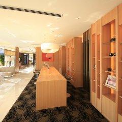 Отель Richmond Hotel Premier Asakusa International Япония, Токио - 2 отзыва об отеле, цены и фото номеров - забронировать отель Richmond Hotel Premier Asakusa International онлайн интерьер отеля фото 3
