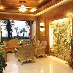 Отель Lanta Casuarina Beach Resort интерьер отеля