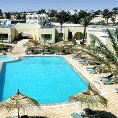 Отель Diar Yassine Тунис, Мидун - отзывы, цены и фото номеров - забронировать отель Diar Yassine онлайн бассейн фото 3