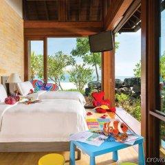 Отель Four Seasons Resort Langkawi Малайзия, Лангкави - отзывы, цены и фото номеров - забронировать отель Four Seasons Resort Langkawi онлайн балкон