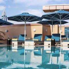 Отель Pullman Dubai Jumeirah Lakes Towers бассейн