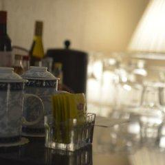 Отель Shanghai Airlines Travel Hotel Китай, Шанхай - 1 отзыв об отеле, цены и фото номеров - забронировать отель Shanghai Airlines Travel Hotel онлайн гостиничный бар фото 2