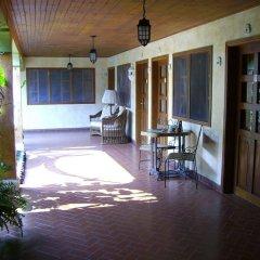 Отель Don Udos Гондурас, Копан-Руинас - отзывы, цены и фото номеров - забронировать отель Don Udos онлайн балкон