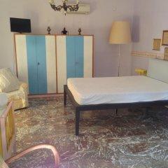 Отель B&B Falcone Италия, Кастровиллари - отзывы, цены и фото номеров - забронировать отель B&B Falcone онлайн комната для гостей