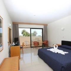 Hotel Veronica in Paphos, Cyprus from 46$, photos, reviews - zenhotels.com guestroom