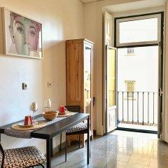 Отель Casa da Estrela Next to Tram28 Лиссабон комната для гостей