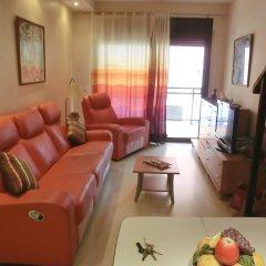 Отель Apartament Santa Clotilde 2 Испания, Льорет-де-Мар - отзывы, цены и фото номеров - забронировать отель Apartament Santa Clotilde 2 онлайн комната для гостей фото 2