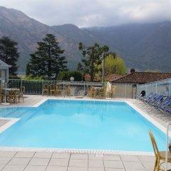 Hotel Lario Меззегра бассейн
