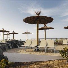 Отель Ambar Beach Испания, Эскинсо - отзывы, цены и фото номеров - забронировать отель Ambar Beach онлайн бассейн